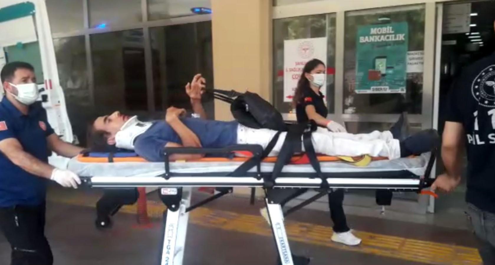 Engelli sürücü motosikleti devirdi: 1 yaralı