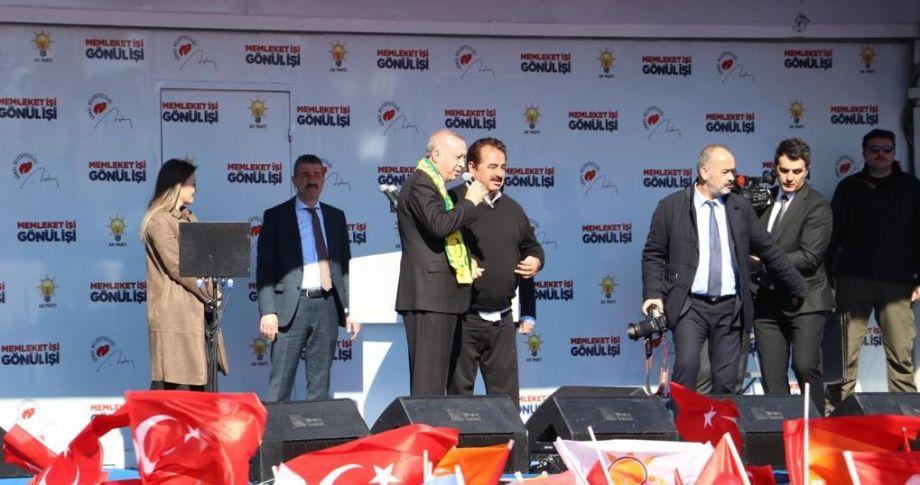 Erdoğan'dan İbrahim Tatlıses ile birlikte şarkı sürprizi(videolu)