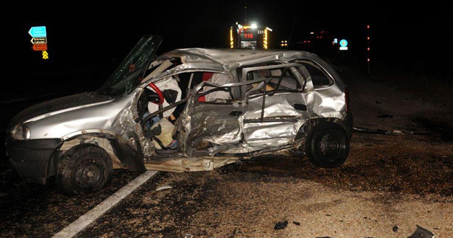 Eski Belediye Başkanı ve eşi kaza kurbanı