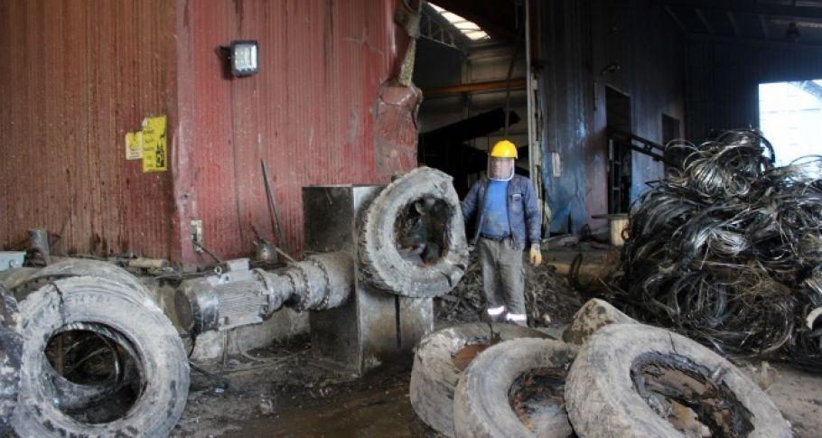 Eski lastikler elektrik, yağ ve gaza dönüşüyor