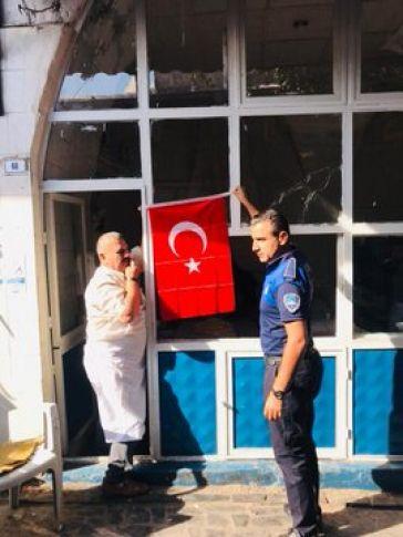 Eyyübiye Belediyesi , Mehmetçiğe Destek İçin Türk Bayrağı Dağıttı