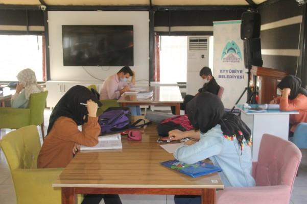 Eyyübiye'de eğitime destek: Öğrenci kabulüne başladı