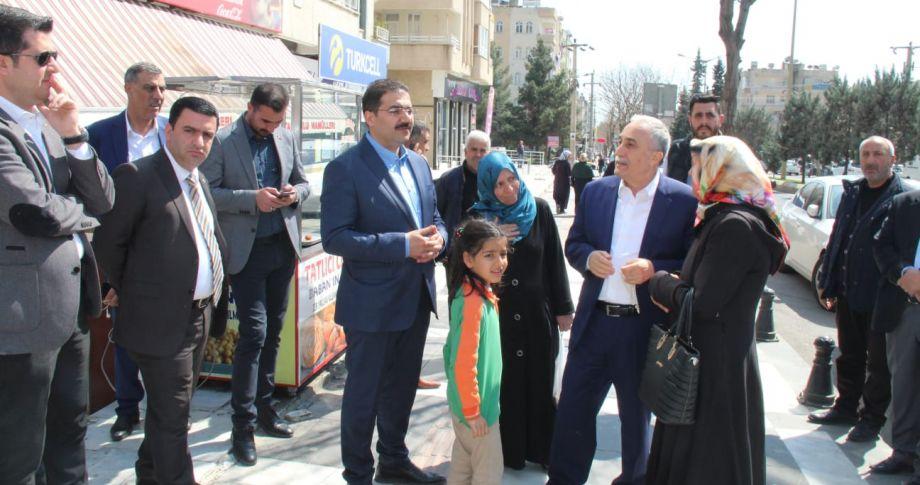 Fakıbaba ve Canpolat Yunus Emre Caddesini gezdi(videolu)