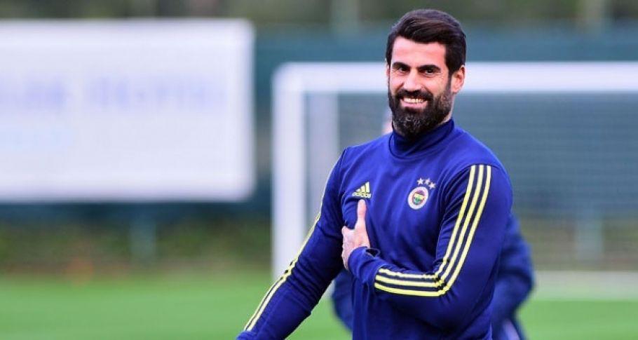 Fenerbahçe, Volkan Demirel ile sözleşme yeniledi
