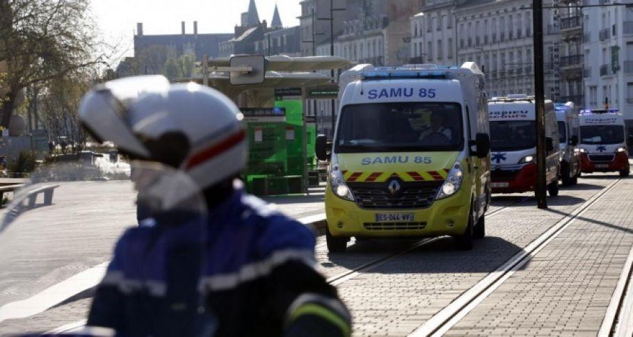 Fransa'da korona virüsü nedeniyle ölü sayısı bin 696'ya ulaştı