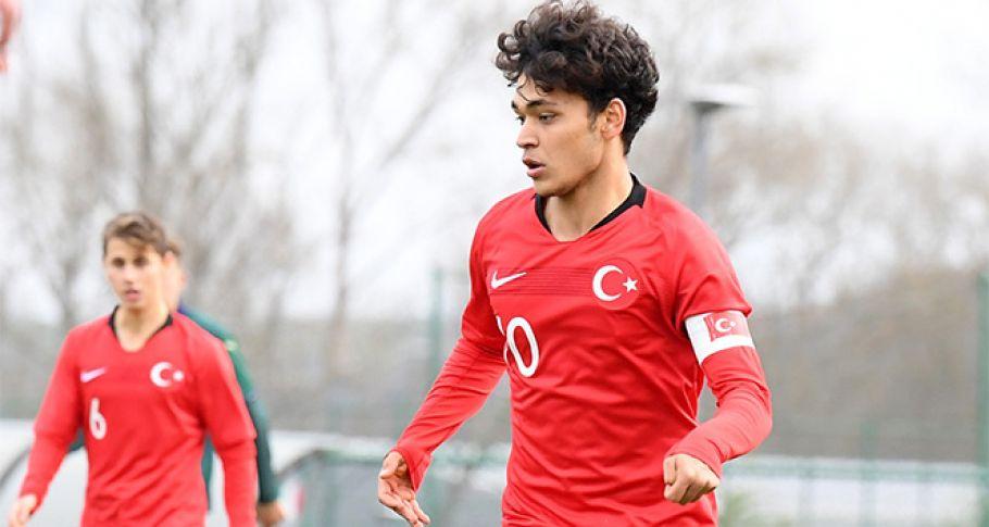 Galatasaray'da kadro dışı kararı!