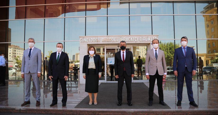 Gazi Şehirden komşu İllere maske desteği