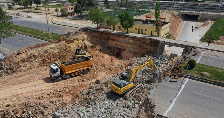 Gaziantep Büyükşehir, alt yapı ve üst yapı çalışmalarını hızlandırdı