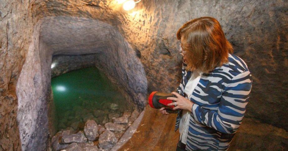 Gaziantep Kalesi'nin altındaki tünel sistemi gün yüzüne çıkarılıyor