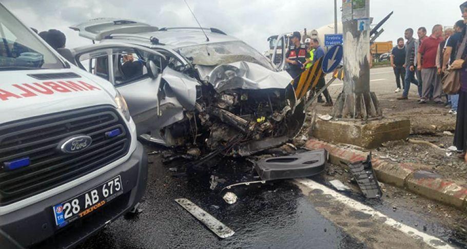 Giresun'da Trafik Kazası: 3 Ölü, 1 Yaralı
