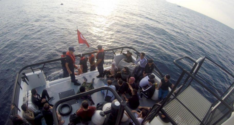 Göçmen teknesi battı, 31 kişi kurtarıldı
