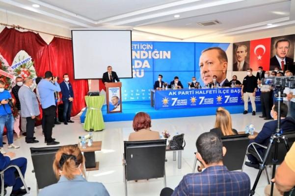 Halfeti'de AK Parti kongresi gerçekleşti: İşte yeni başkan
