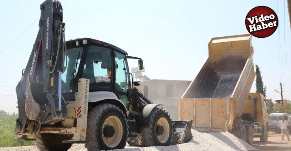 Haliliye belediyesi yol yapım çalışımalarını kırsalda da yürütüyor