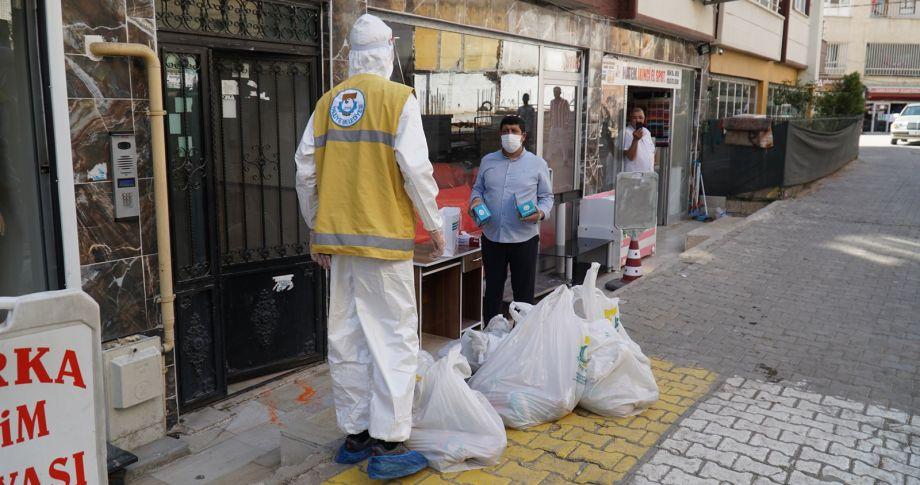 Haliliye Belediyesinden Karantinadaki Vatandaşlara Gıda Ve Maske Desteği Sürüyor