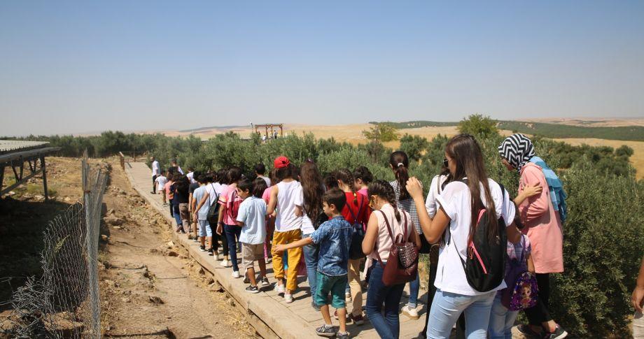 Haliliye Belediyesi'nden Öğrencilere Göbeklitepe Gezisi