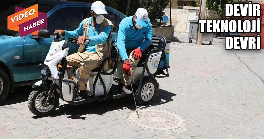 Haliliye'de bisikletle ilaçlama dönemi