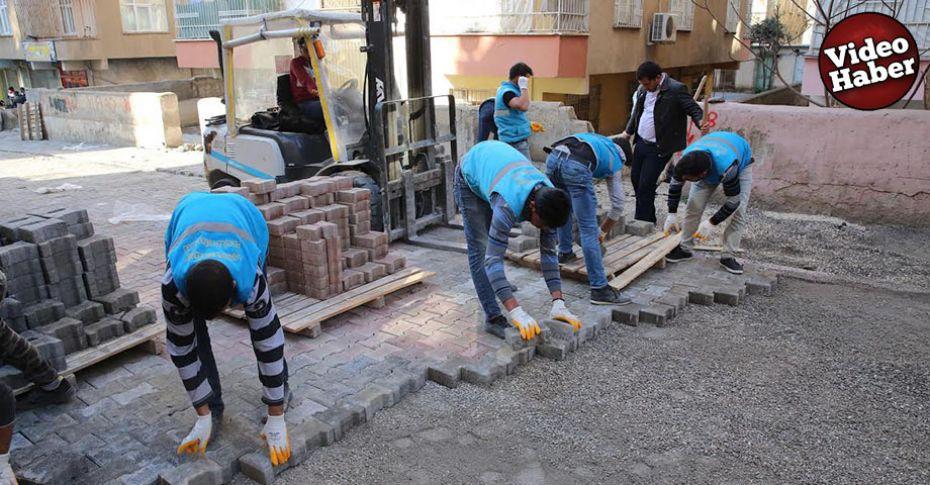 Haliliye'de kilitli parke taşı döşeme çalışmaları