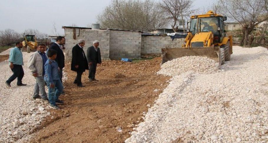 Haliliye'de kırsal mahallelerin yol yapım çalışmaları tamamlandı