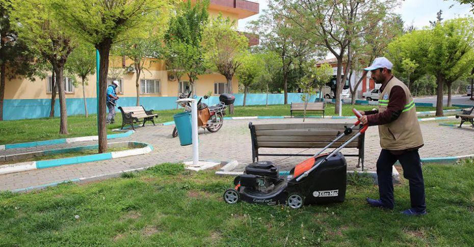Haliliye'de park bakım çalışmaları