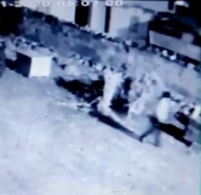 Hilvan'da traktör hırsızlığı kameralara yansıdı