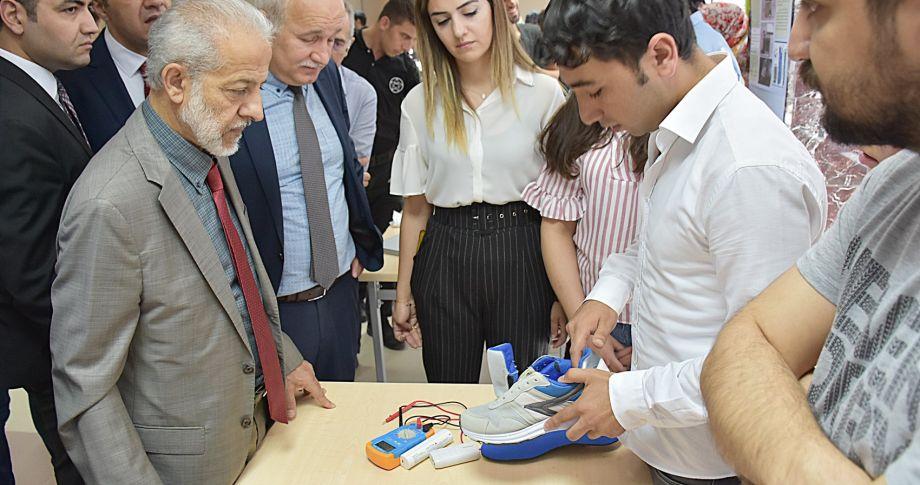 HRÜ'de Geleceğin Mühendisleri Projelerini Yarıştırdı (videolu)