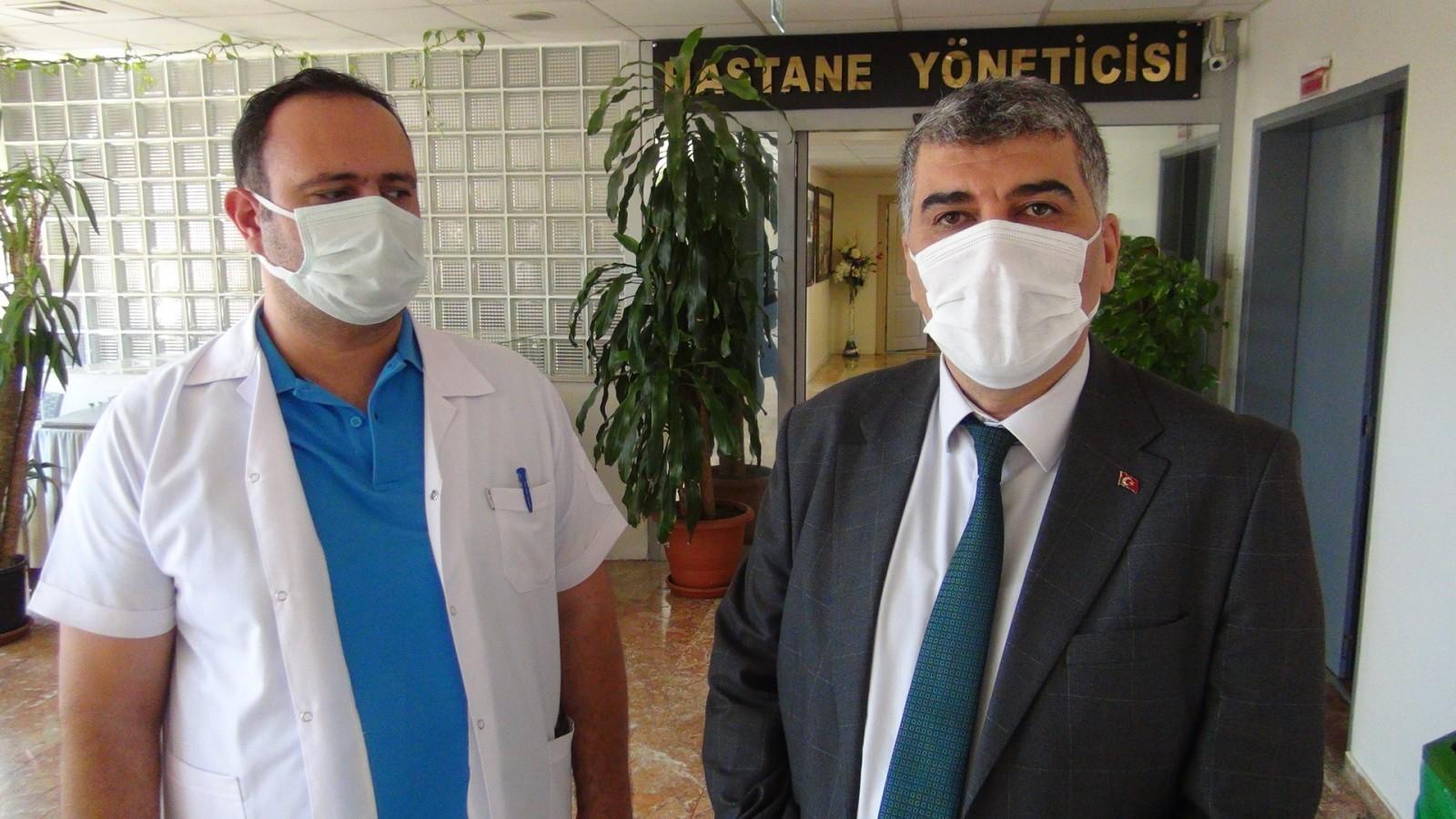 """İl Sağlık Müdürü Gülüm'den Urfalılara müjde: """"Aşılama arttı, vaka azaldı"""""""