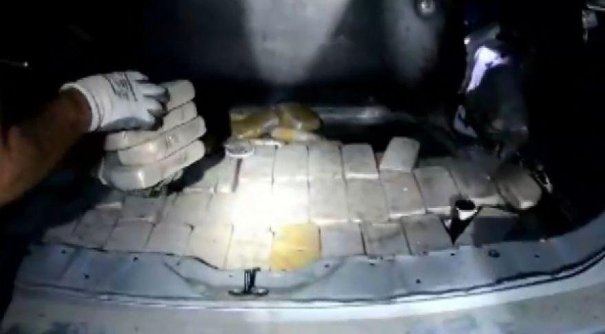 İran plakalı lüks cipin bagajından çıktı!