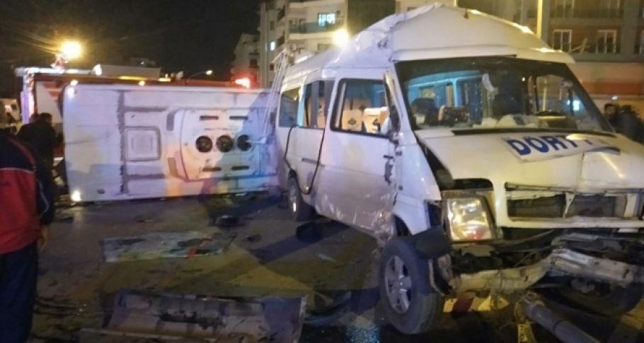 İşçi servisi midibüs ile çarpıştı: 16 yaralı