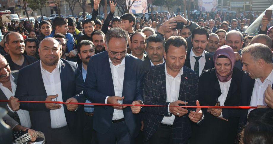 İsmail Özbek Eyyübiye'de bir seçim bürosu açtı