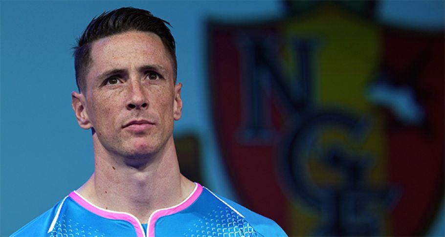 İspanyol Yıldız Futbolu Bıraktı
