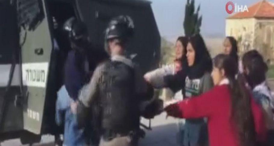 İsrail Askerlerinin Öğrencilere Yönelik Saldırıları Devam Ediyor