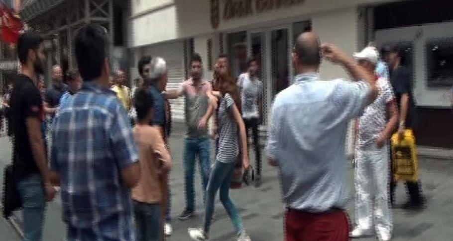 İstiklal Caddesi'nde turistlerin kavgası