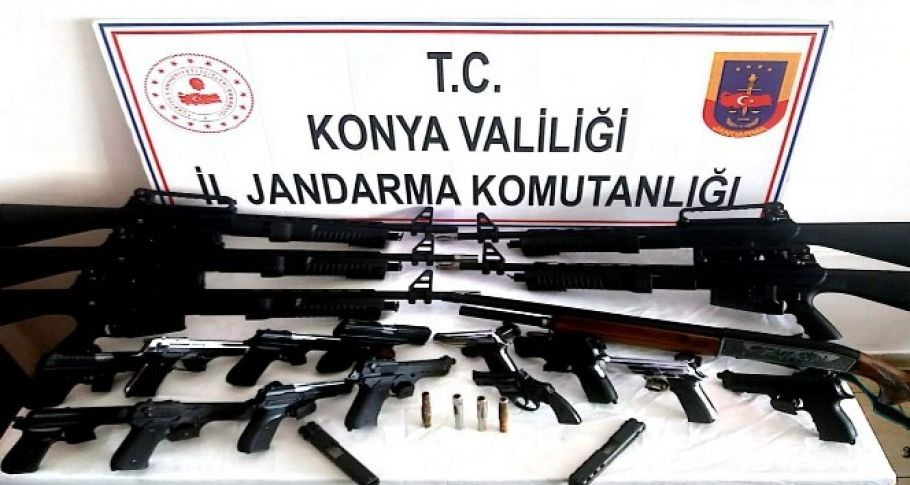 Jandarmadan silah operasyonu
