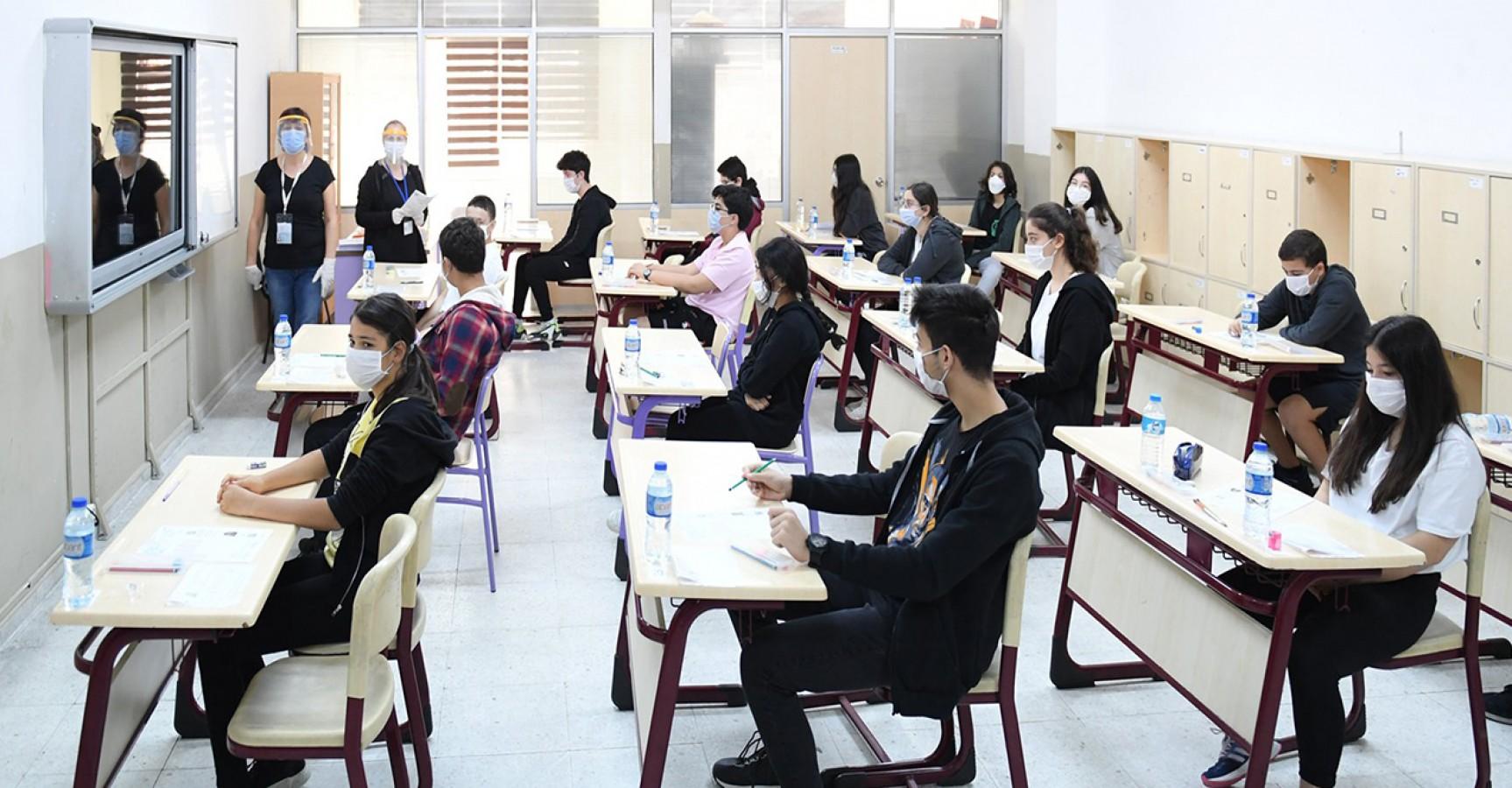 Kalabalık sınıfları azaltmak için yeni formül
