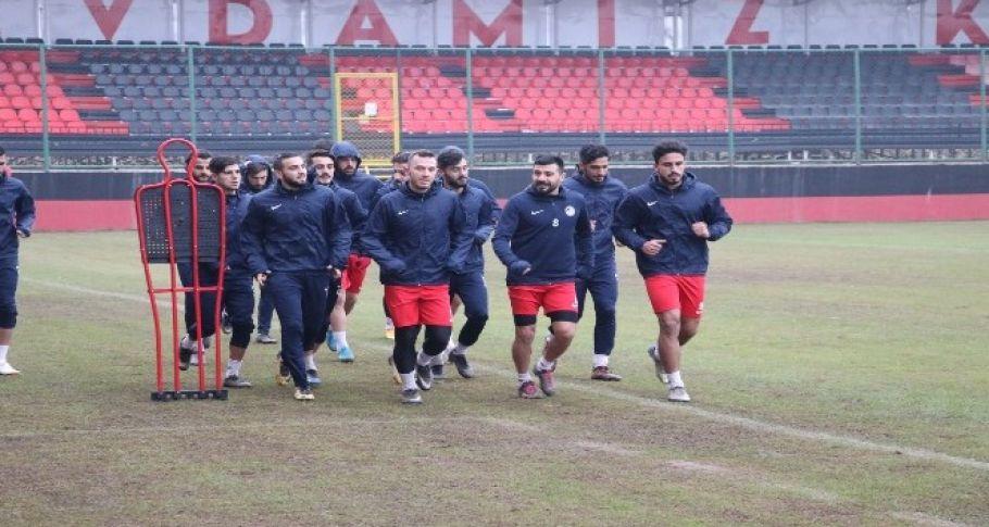 Karaköprü Belediyespor'da ikinci devre hazırlıkları başladı