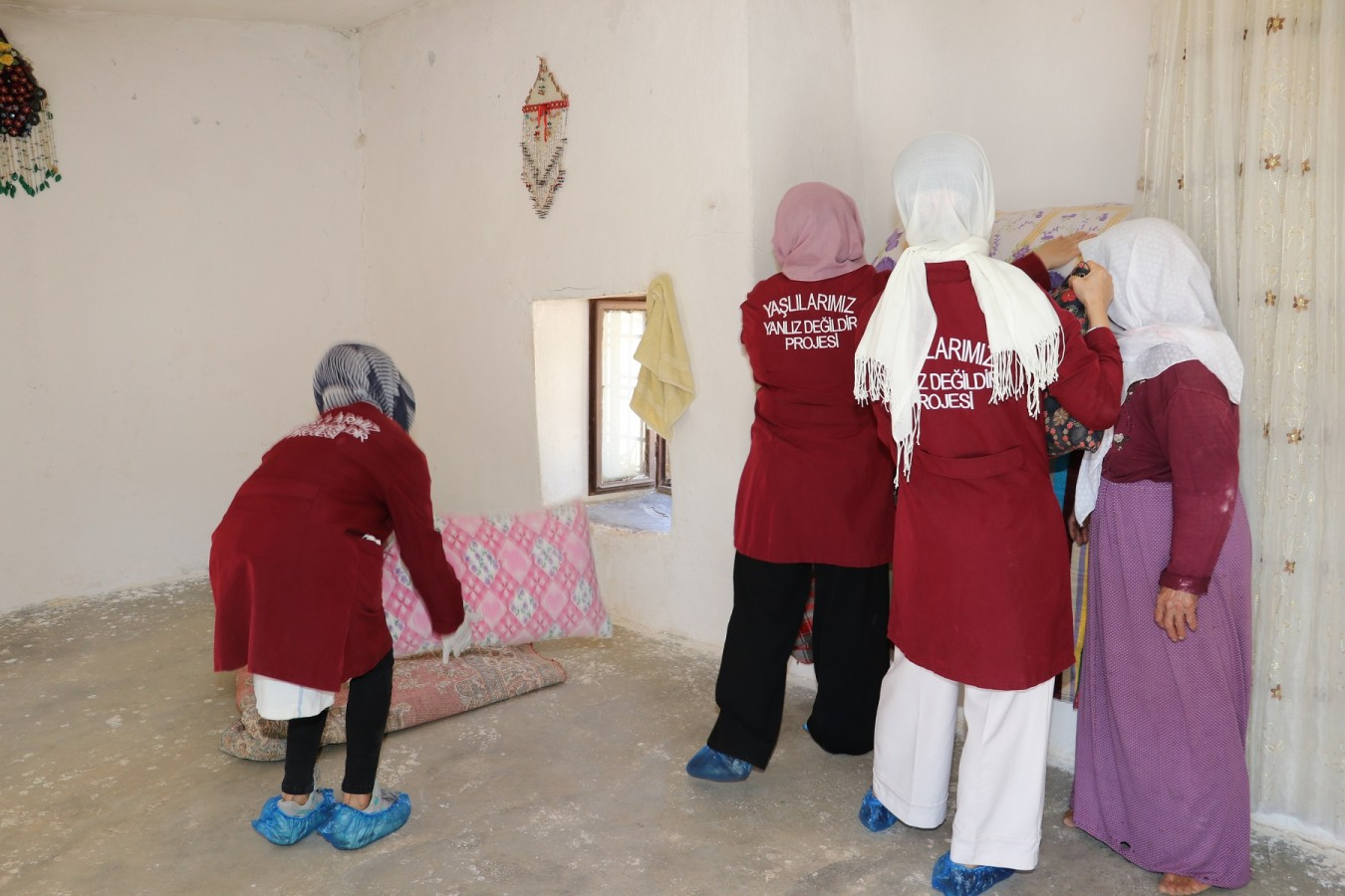 Karaköprü'de dezavantajlı vatandaşlara evde bakım hizmeti