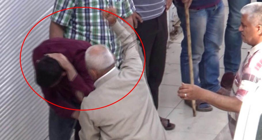 Kendisine karşı gelen oğlunu evire çevire dövdü!