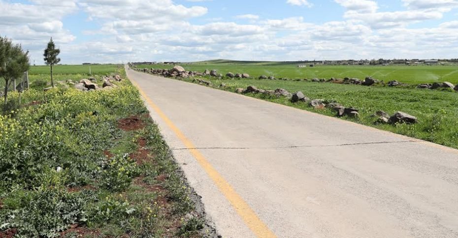 Kırsal mahallerde yol yapım çalışması sürüyor