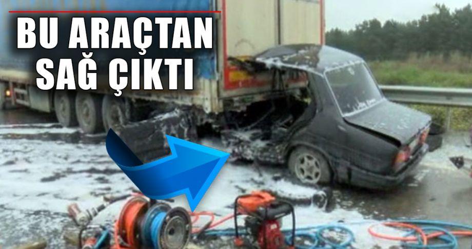 Kontrolden çıkan otomobil Tır'ın altına girdi!