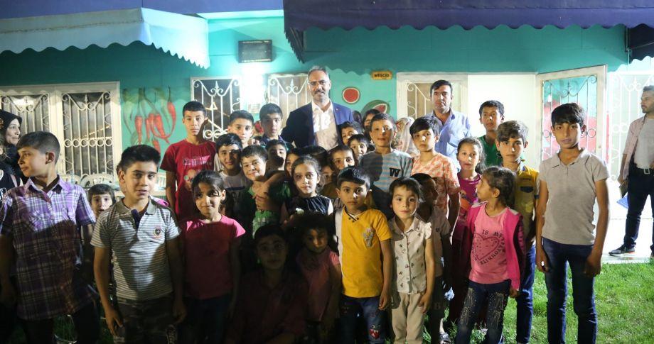 Başkan Kuş,Yetim Ve Öksüz Çocuklarla İftarda Bir Araya Geldi (videolu)
