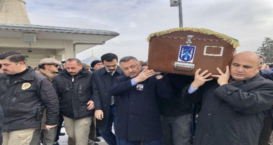 Lefkoşa Büyükelçisi Başçeri'nin babası son yolculuğuna uğurlandı