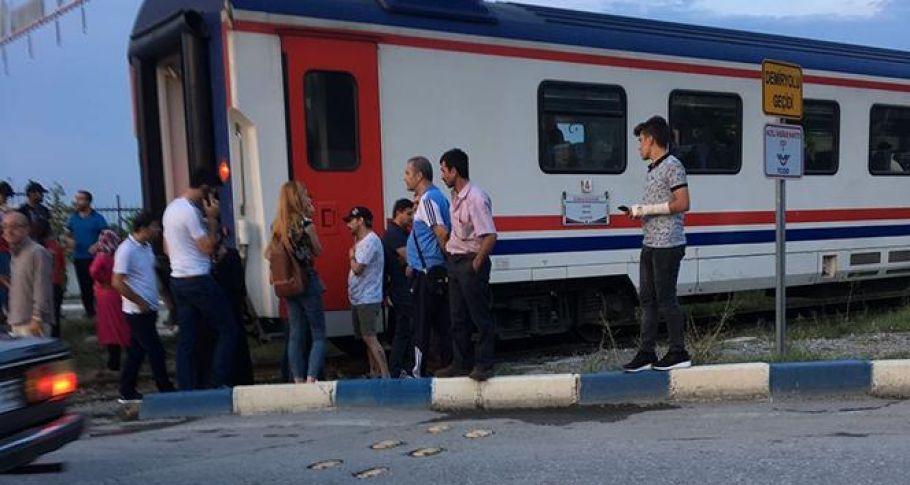 Manisa'da genç kıza tren çarptı