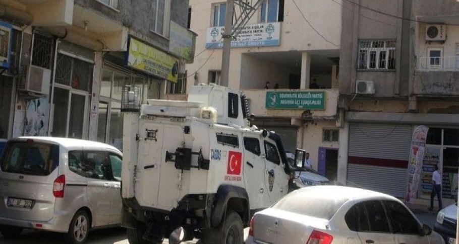 Mardin'de HDP ve DBP'li yöneticiler tutuklandı