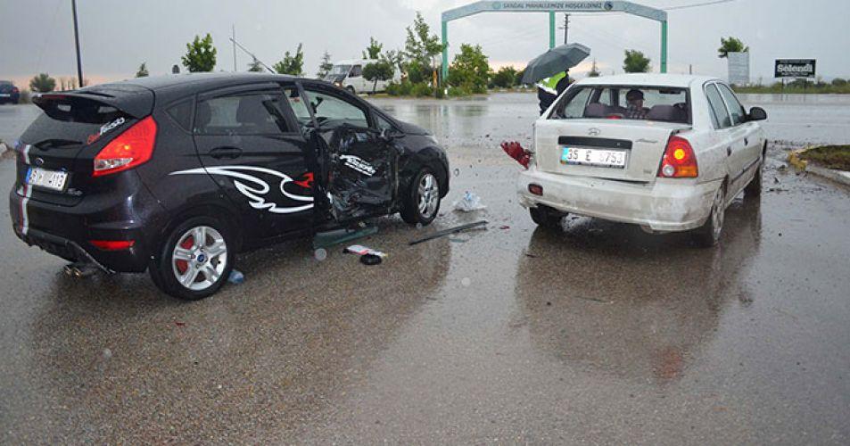 Meclis üyesi kaza geçirdi