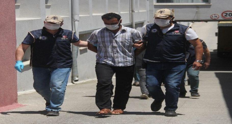 Muhabir kılığında girip DEAŞ'a istihbarat topladı