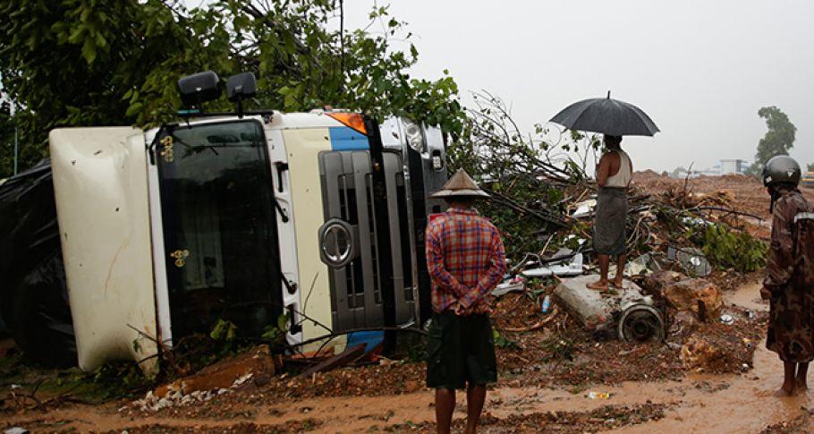 Myanmar'da toprak kayması: 29 ölü