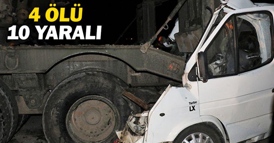 Park halindeki askeri TIR'a minibüs çarptı