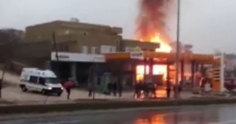 Petrol istasyonunda patlama !