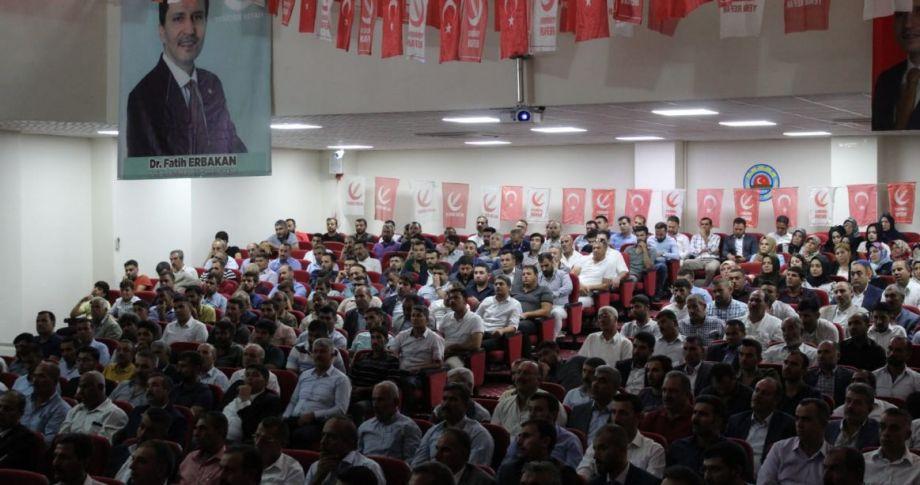 Refah Partisi İl Divan Toplantısı Büyük bir coşku ile gerçekleştirdi.