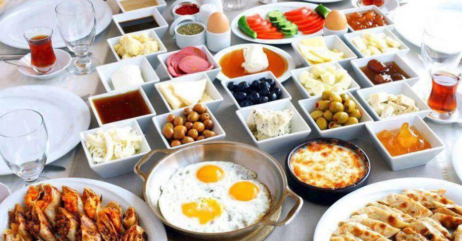 Sağlıklı bir kahvaltıda ne yemeli?
